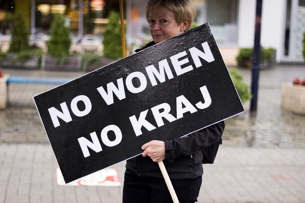 PiS na wojnie z kobietami