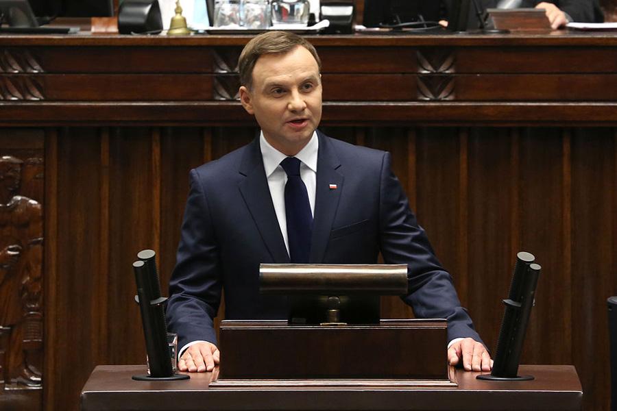 """Orędzie prezydenta Andrzeja Dudy. """"Puste słowa"""""""