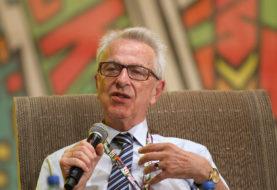 Prof. Zbigniew Lew-Starowicz: Najlepszym sposobem na pedofilię jest edukacja seksualna