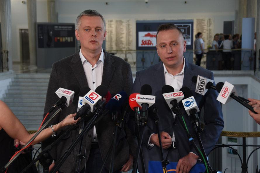 Opozycja chce komisji śledczej wsprawie Falenty